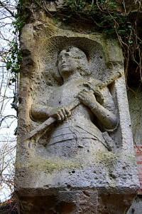 Sculpture de Jeanne d'Arc à la carrière du Chauffour de Thiescourt