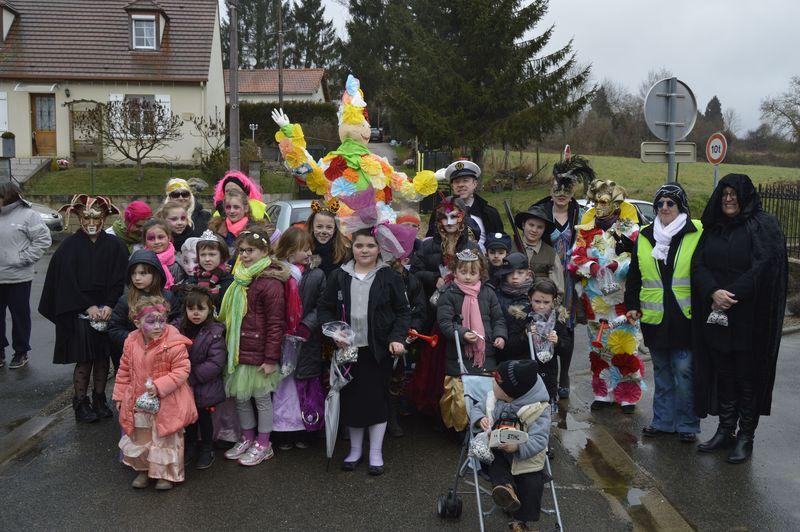 Les enfants du carnaval de Thiescourt