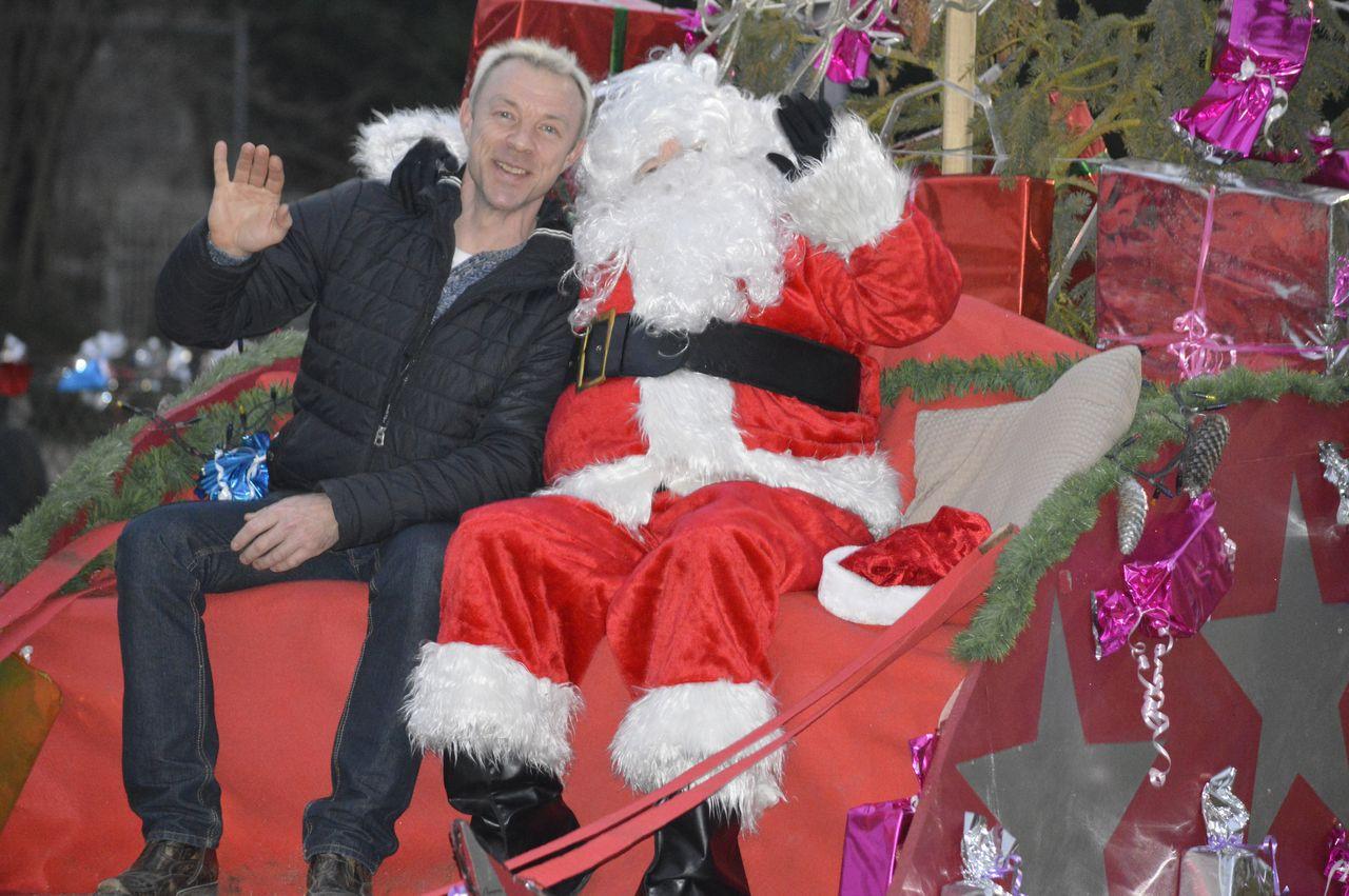 Le père de Noël de passage à Thiescourt